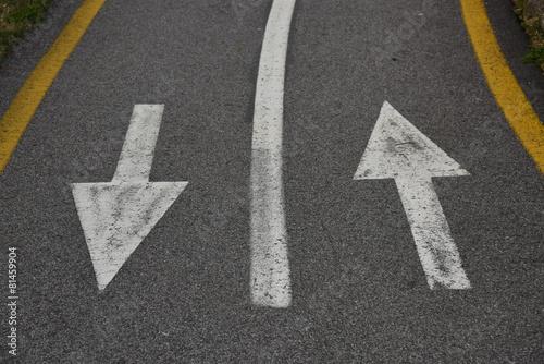 Valokuva  frecce su strada