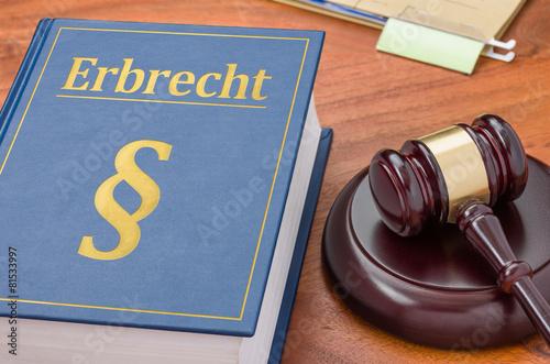 Fototapeta  Gesetzbuch mit Richterhammer - Erbrecht