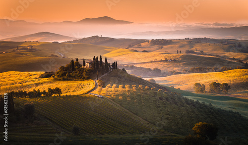 Photo Stands Tuscany Sunrise
