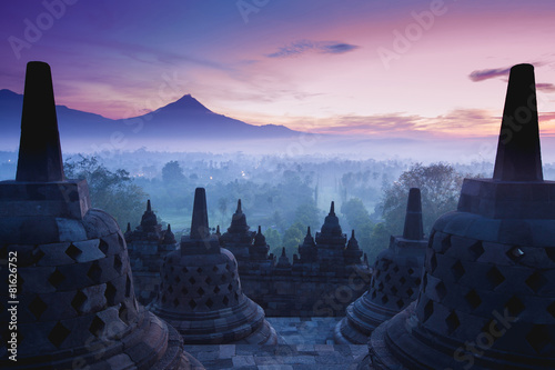 Ingelijste posters Indonesië Borobudur Temple is sunrise, Yogyakarta, Java,