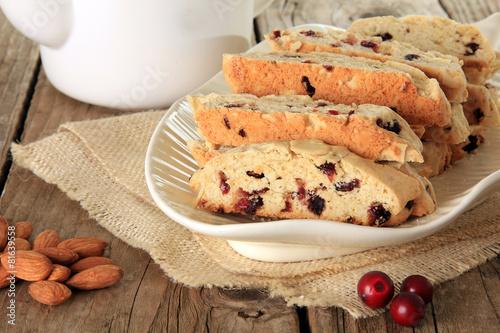 Fotografija Almond and cranberry biscotti