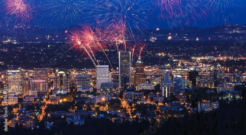 Cadres-photo bureau Pleine lune Portland Oregon, USA Fireworks