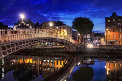 Bridge in Dublin at night Poster