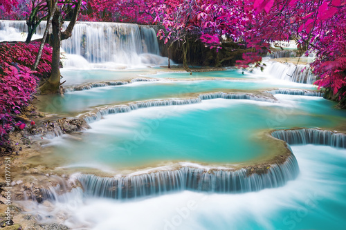 Papiers peints Cascades Turquoise water of Kuang Si waterfall