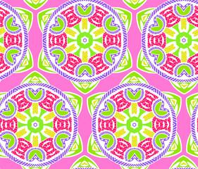Seamless symmetrical patterns