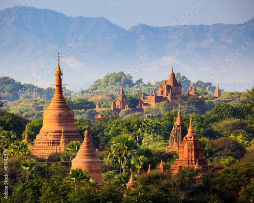 Fotomural The Temples of Bagan at sunset, Bagan, Myanmar