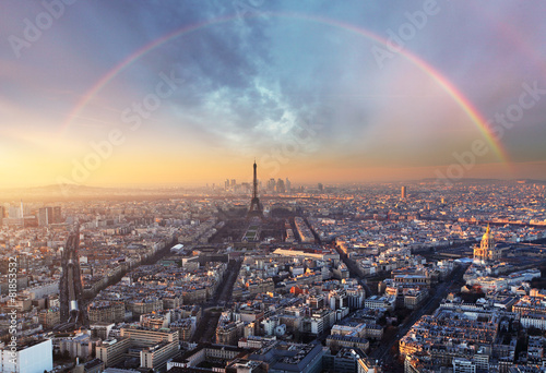 Poster de jardin Paris Paris with rainbow - skyline