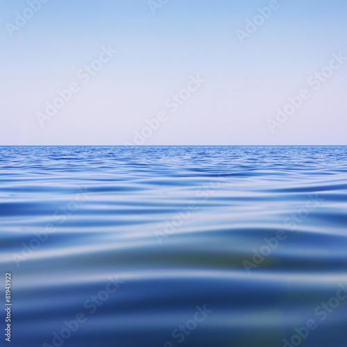 Foto op Aluminium Zee / Oceaan Beautiful blue water surface