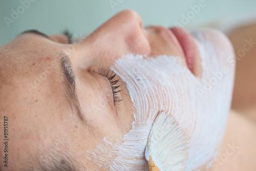 Photo Aplicación de mascarilla facial