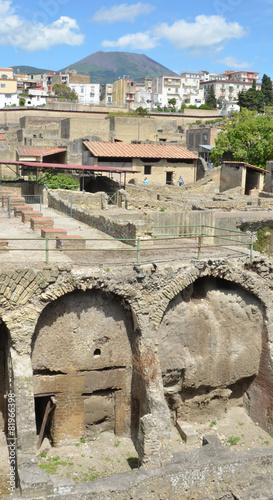 Fotobehang Midden Oosten Heracleum and Vesuvius