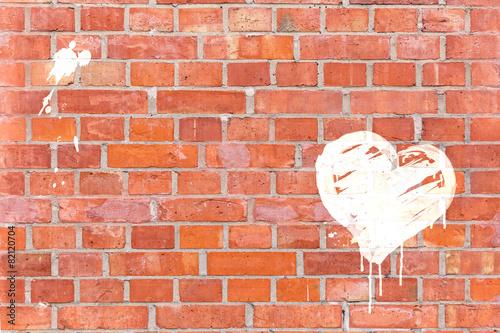 Fotografia  Graffiti-Herz auf eine Mauer gerendert mit Platz für Text