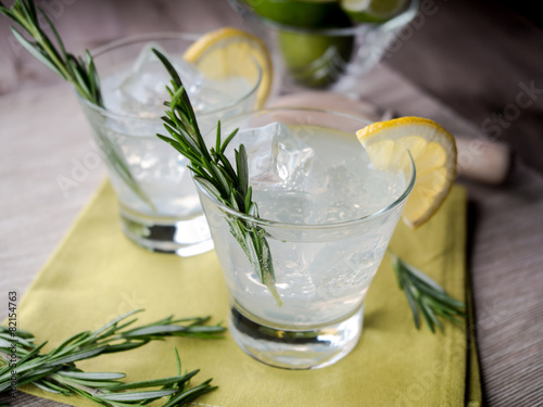 Photo  Gin and tonic
