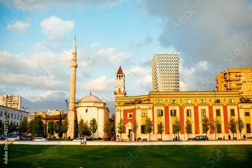 In de dag Artistiek mon. Skanderbeg square
