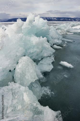 Papiers peints Arctique Blue ice of Baikal