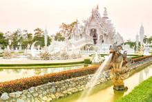 Wat Rong-khun Temple Chiangrai...