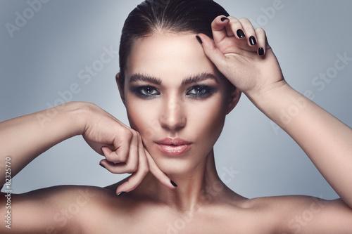 Fotografie, Obraz  Krásná žena s elegantní make-up