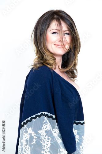 Fotografie, Obraz  Frau vor weißem Hintergrund