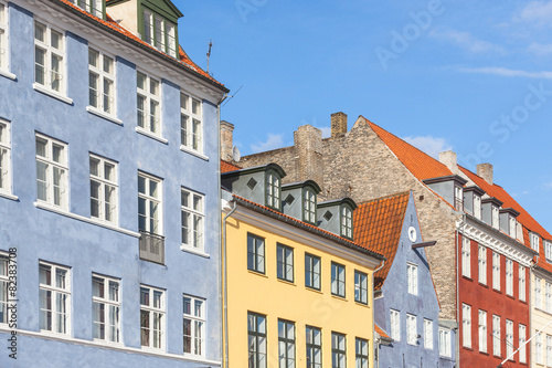 Photo Typical colorful houses in Copenhagen old town