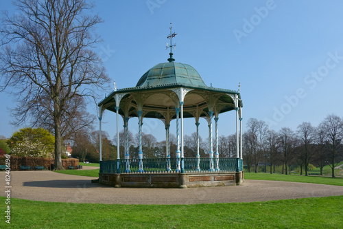 Photo Octagobnal  Victorian bandstand in English park.
