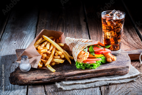 Fototapety, obrazy: Fresh kebab with cod drink and fries