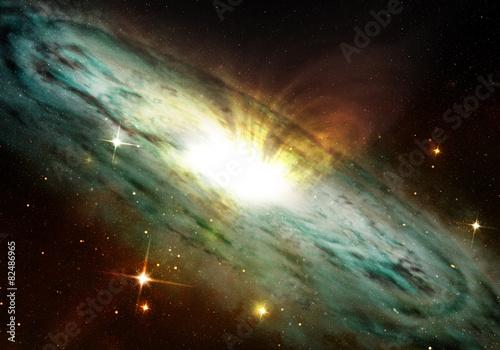 mglawica-planetarna-swiecaca-w-kosmosie