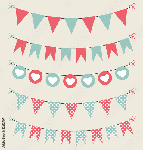 Fotografia  Cute bunting set baby pastel red and green
