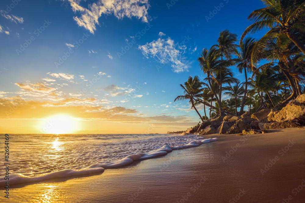 Fototapeta Raj na wyspie - obraz na płótnie