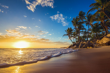 Fototapeta Landscape of paradise tropical island beach, sunrise shot