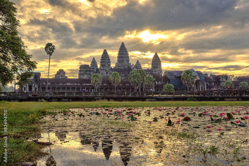 Sunrise at Angkor Wat Temple, Siem Reap, Cambodia Fototapeta