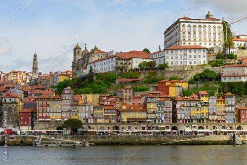 Tela  Centro histórico da cidade do porto
