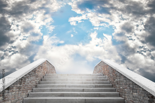 Obraz Marble staircase leading to the cloudy sky - fototapety do salonu