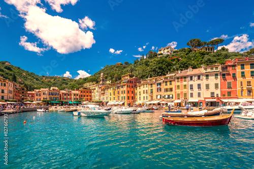 Montage in der Fensternische Ligurien Portofino