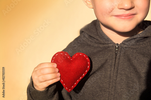 Fotografia Red heart in hand