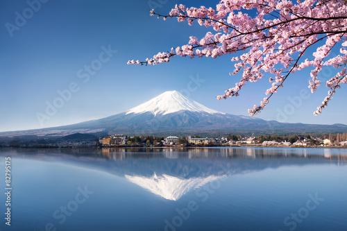 Berg Fuji in Kawaguchiko Japan - 82795175