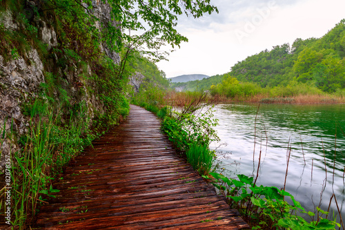 Fototapety, obrazy: Wooden path in National Park in Plitvice