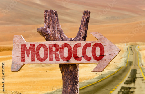 Poster Algérie Morocco wooden sign with desert background