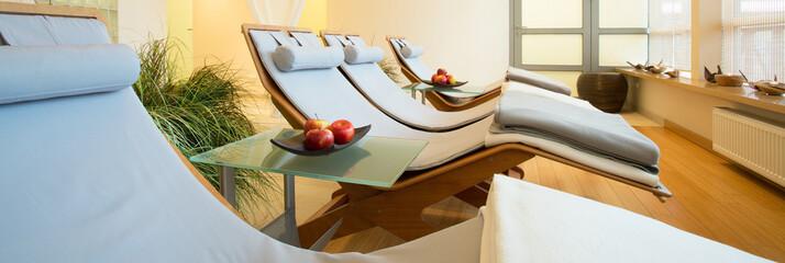Obraz na płótnie Canvas Beauty resort with resting space