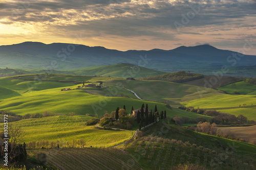 Photo  Beautiful image of the Tuscany countryside