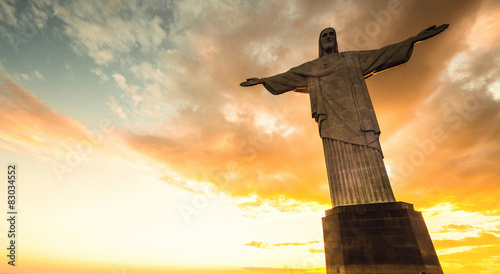 La pose en embrasure Rio de Janeiro Jesus Christ over Rio de Janeiro