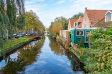 Beautiful Classic Edam Canal S...