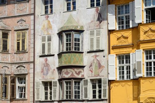 Fotografie, Obraz  Colourful facade, Bolzano, Italy