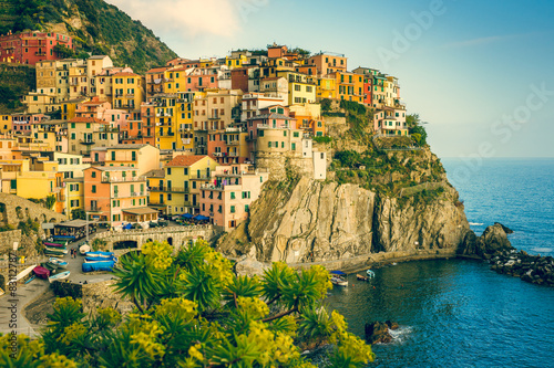 Fototapety, obrazy: Town on the rocks Cinque Terre Liguria Italy