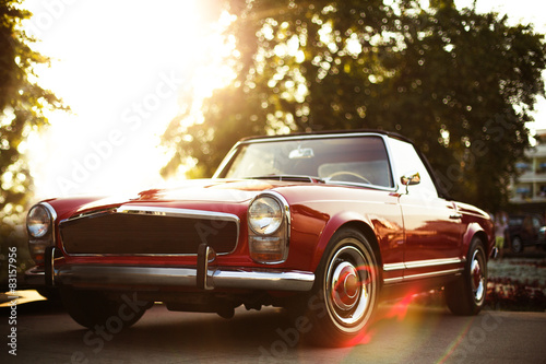 Photo sur Aluminium Vintage voitures Retro car on the street