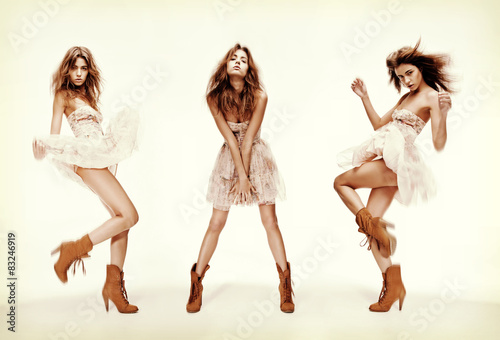 Fotografía  triple image of fashion model in different poses