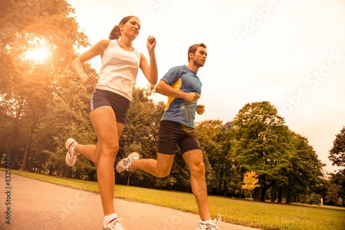 Stickers pour portes Jogging Jogging together - sport young couple