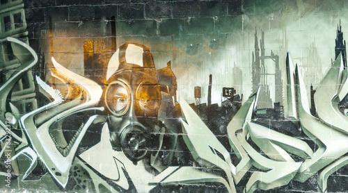 malowane-graffiti-na-opuszczonym