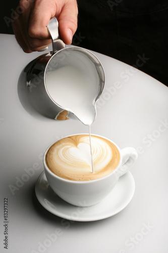 Valokuva  preparazione cappuccino