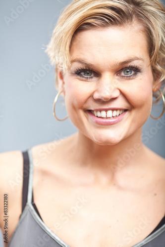 Fototapeta Cute blond girl portrait obraz na płótnie