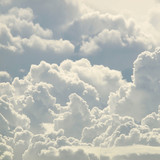 błękitne niebo i piękne chmury - 83322536