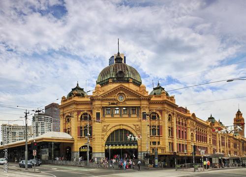 Foto auf AluDibond Bahnhof Me Flinders Front straight
